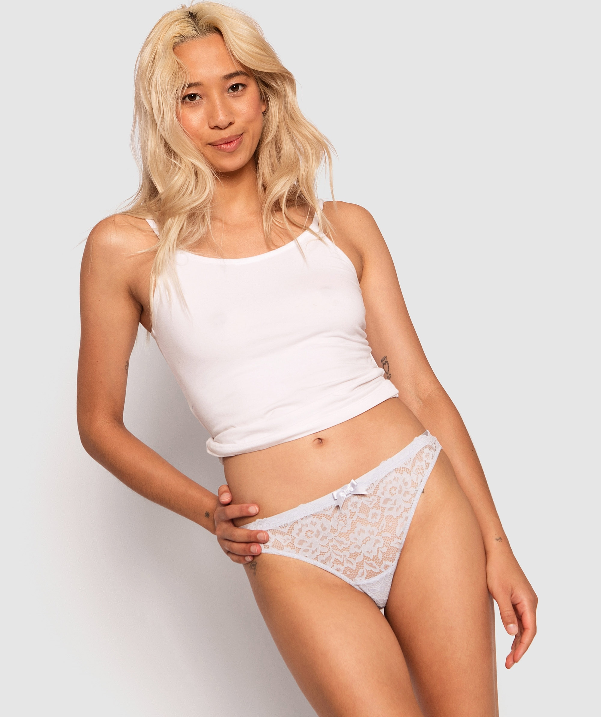 Lilah V-String Knicker - Lilac/Ivory
