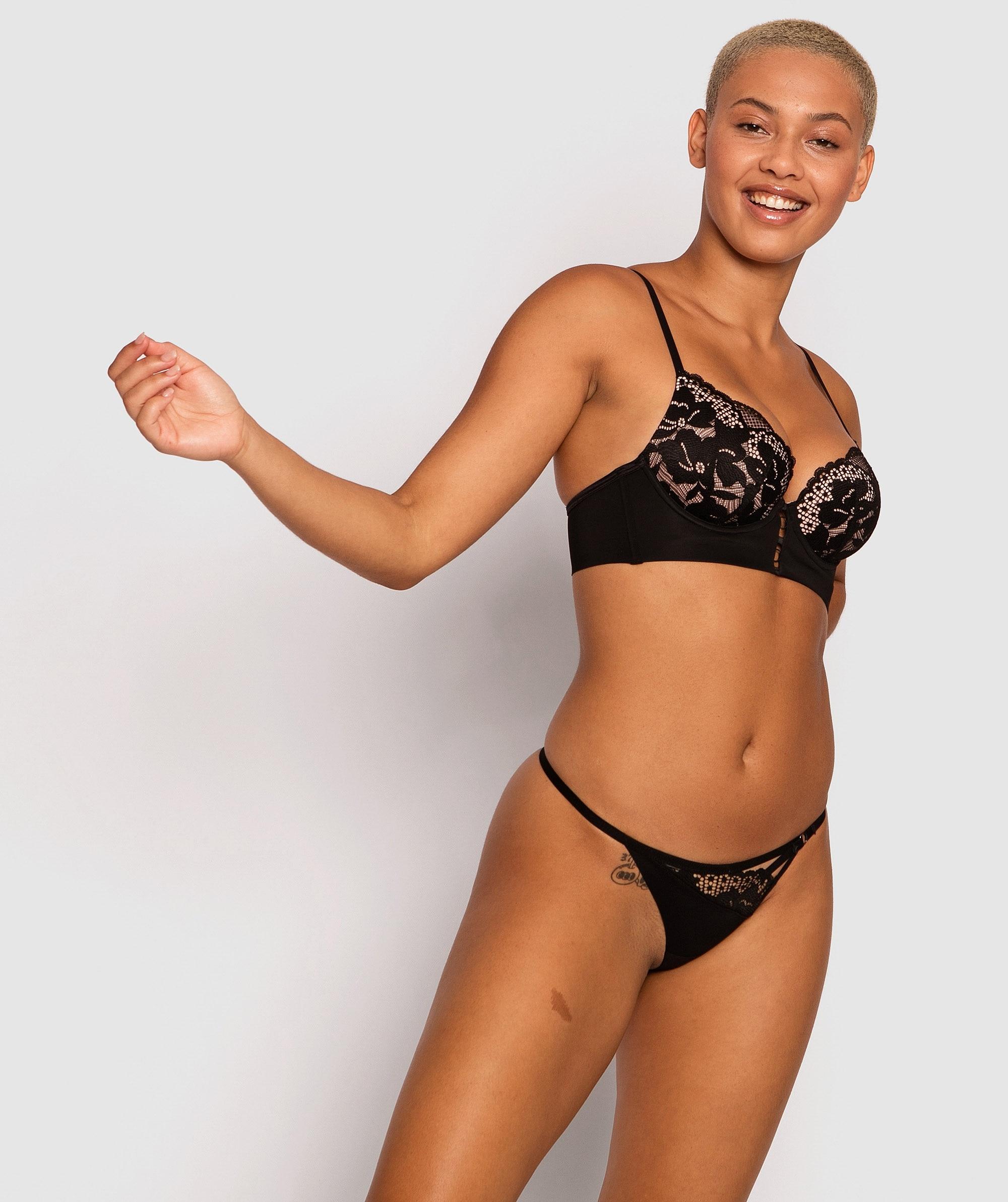 Fashion Sensations Mini V Knicker - Black